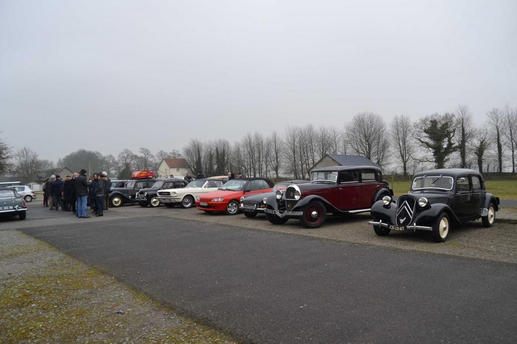 Tour de manivelle les anciennes voitures des blanches for Garage voiture ancienne la rochelle